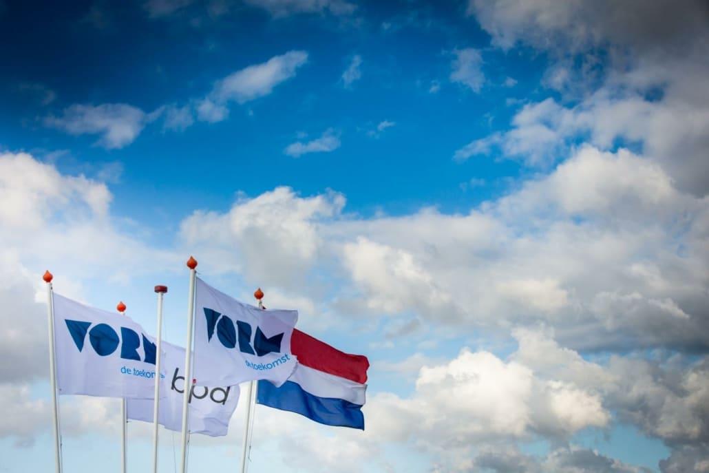 Branding vlaggen bouwevent
